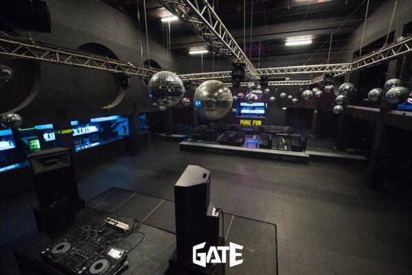 Vista dall'alto dell'interno della discoteca Gate Milano